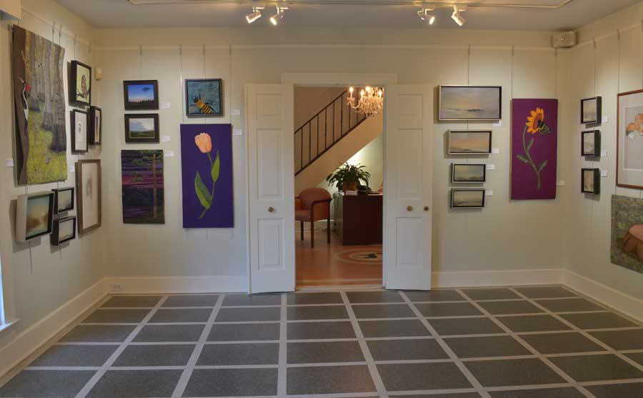 gallery_whitedoorway
